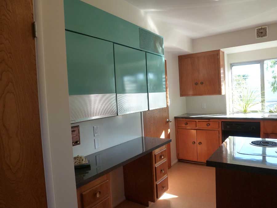 Refurbished Mid-Century Modern kitchen at 4225 E. Harvey Way